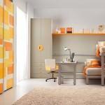 camera pentru copii portocalie