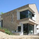 Casa moderna in stil minimalist cu influente traditionale