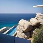 Casa moderna cu arhitectura inspirata de natura