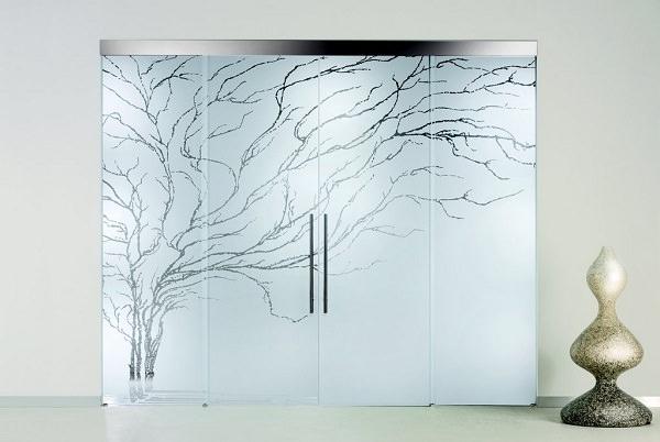 Design interior cu sticla