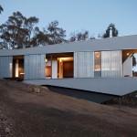 Arhitectura neconventionala: casa de vacanta in stil cazon