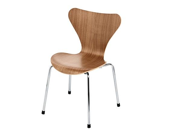 Scaunul 3107 Arne Jacobsen