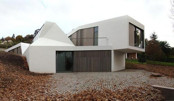 Casa cu acoperis verde