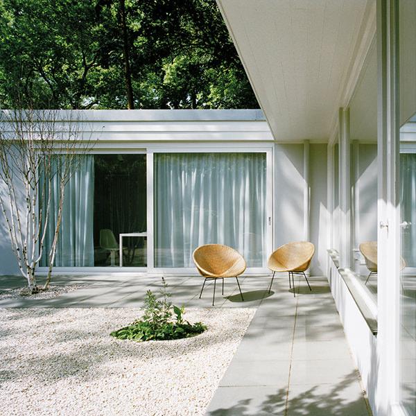 Atrium-House1