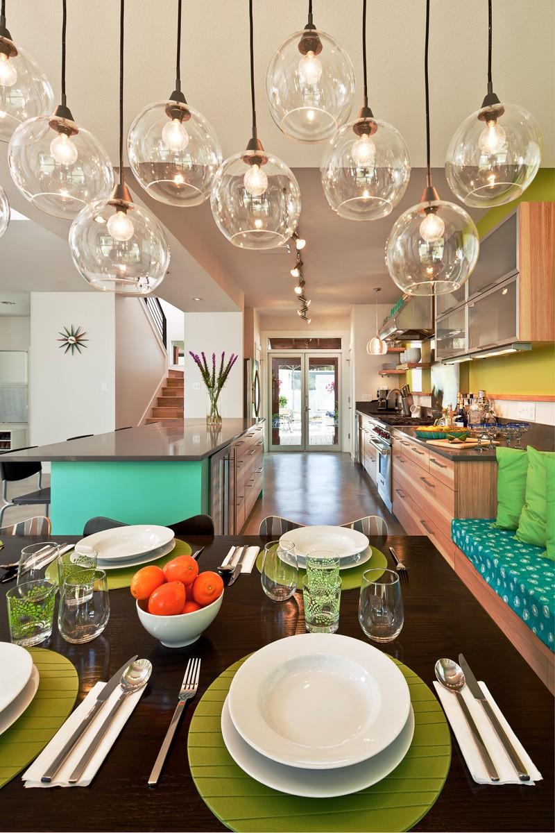 Design interior cu turcoaz si oliv