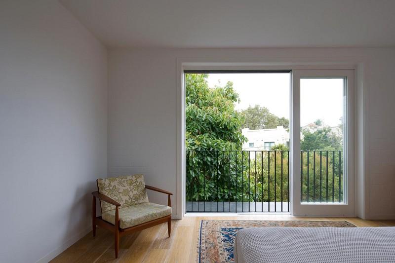 design interior natur detaliu dormitor fotoliu