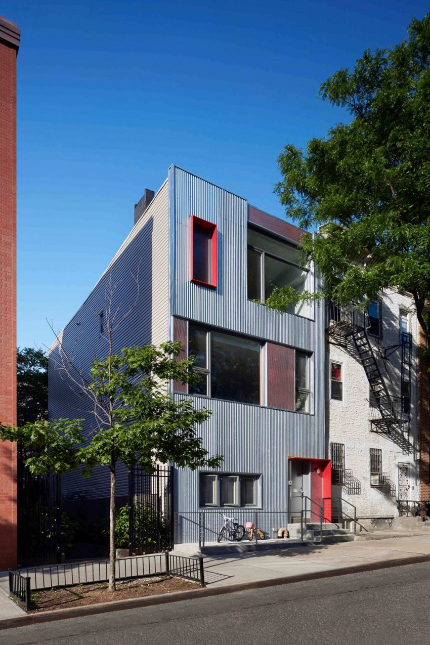arhitectura contemporana cladire renovata fatada otel