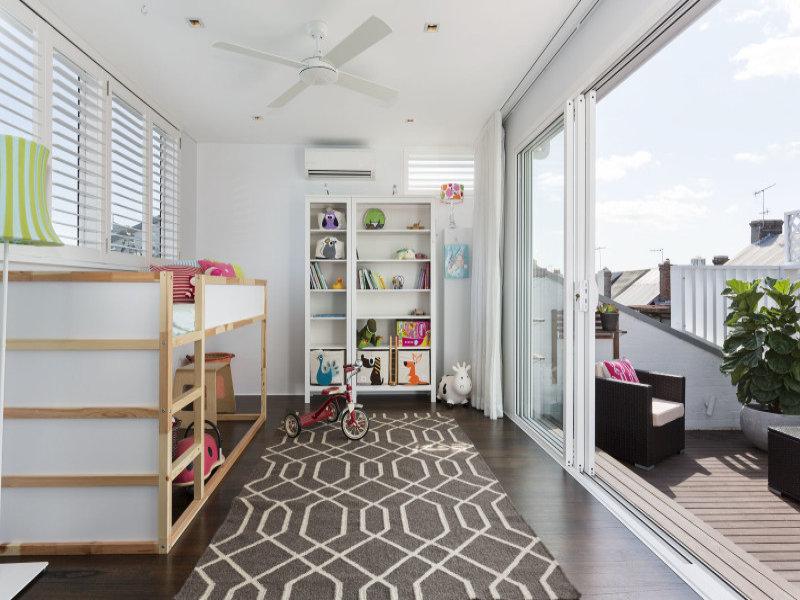 design interior apartament camera copilului
