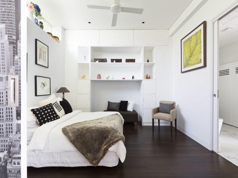 design interior apartament dormitor matrimonial alb