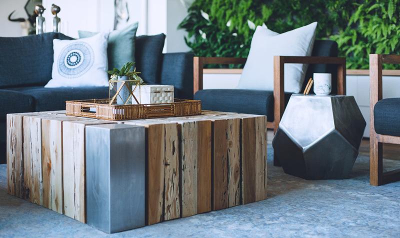 detalii de design living masuta cafea lemn