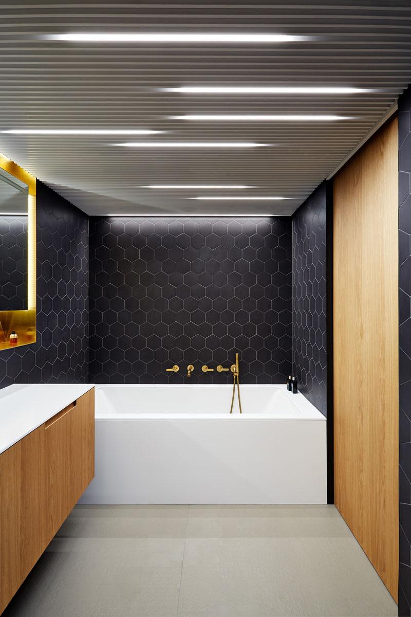 baie-negru-alama