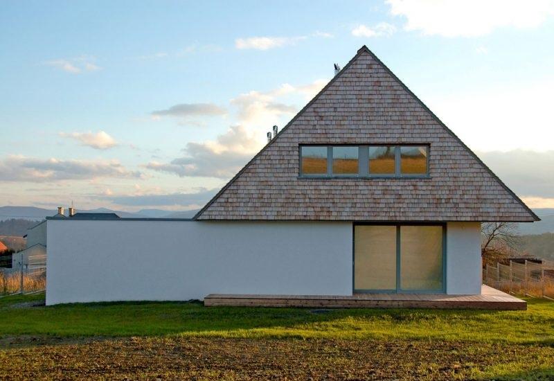 fatada casa arhitectura contemporana