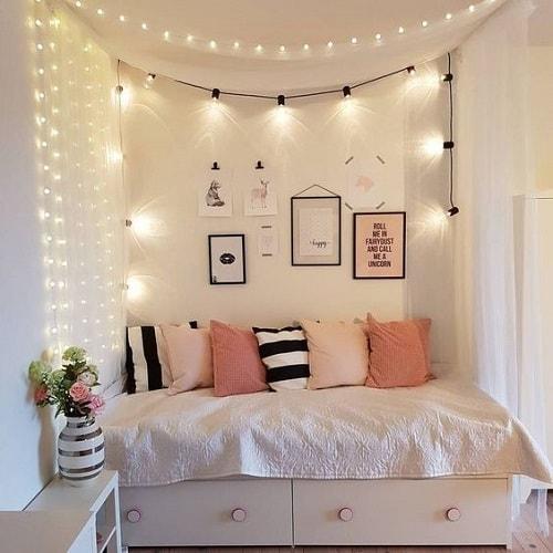 amenajarea unei camere pentru adolescenti lumini