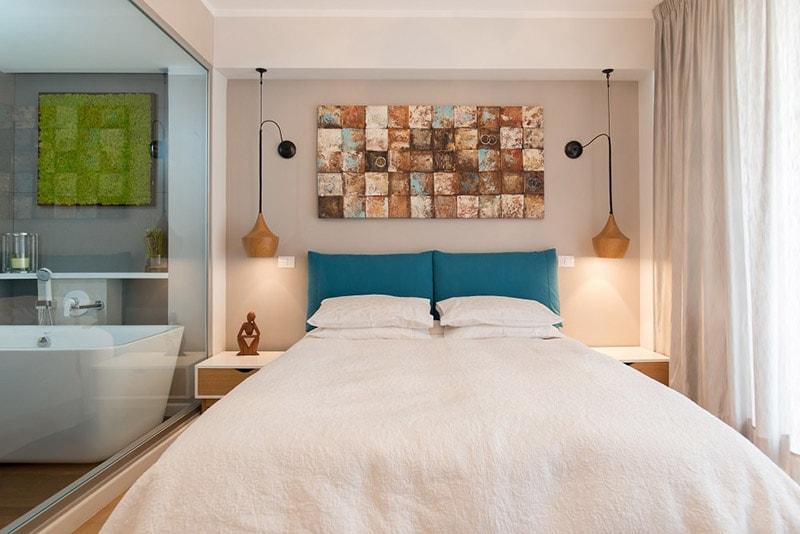design interior dormitor cu gri si turcoaz