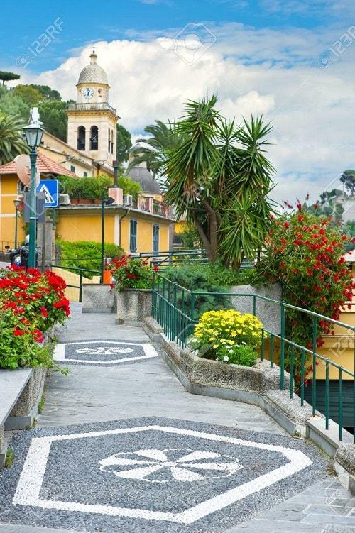 arhitectura din portofino italia biserica