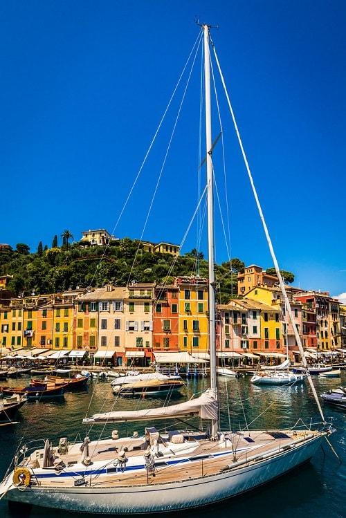 arhitectura din portofino italia port la mediterana case colorate