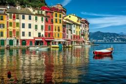 arhitectura din portofino italia case colorate port