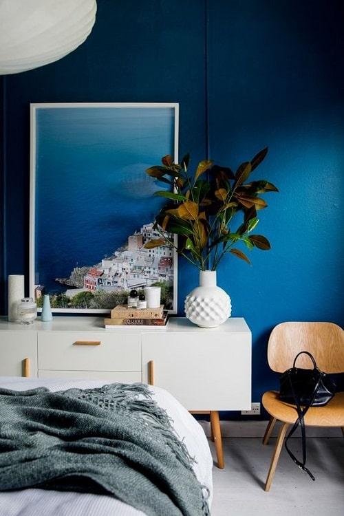 Design interior cu albastru si alb
