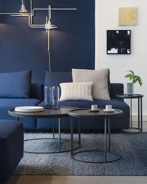 Design interior cu albastru culoarea anului 2020