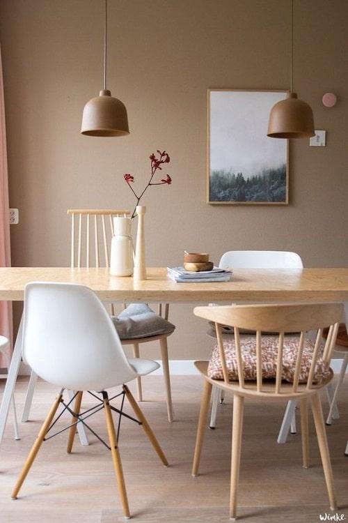 Design interior cu accente de culoare pentru living