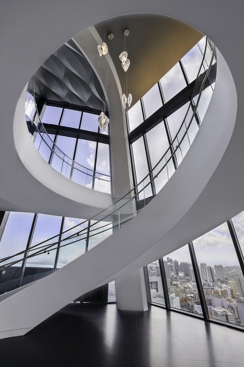 Scara interioara design organic Zaha Hadid
